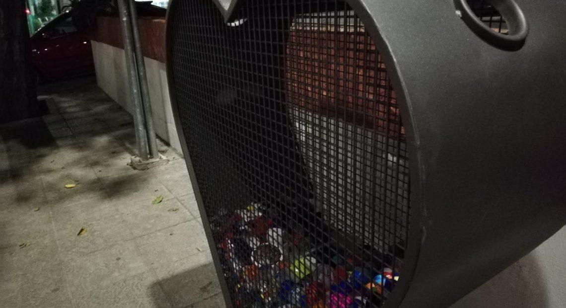 Cuatro 'corazones solidarios' para recoger tapones de plástico